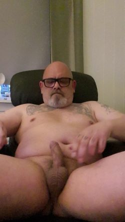 Stig Rune's little dick please expose and humiliate me and my little fagg dick and balls