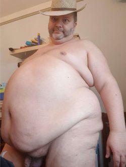 Look at this fat disgusting cowboy