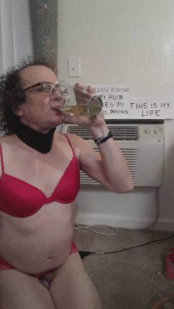 marktheWeakling PISS DRINKING
