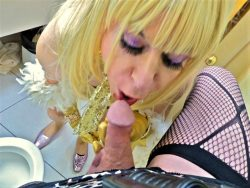 Cock sucking pansy Bitsy Queen