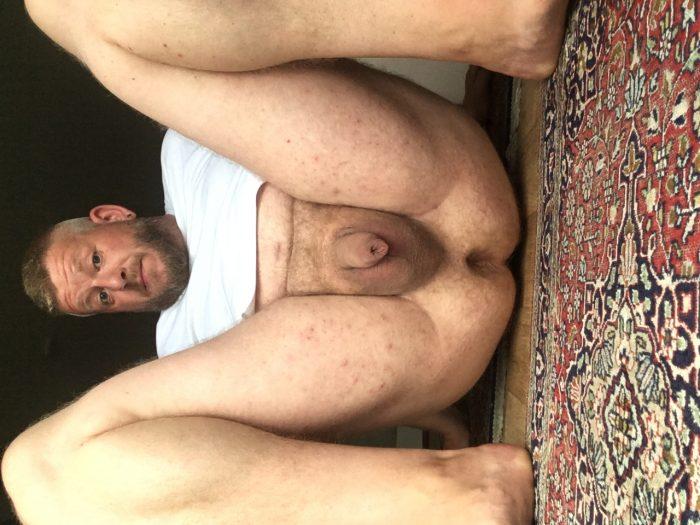 Me, chubby hairy German Guy