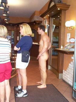 naked shopping – very hot