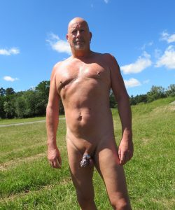 hiking nakd and locked is very hot